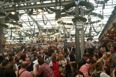 Oktoberfest 2015: Take the bus to get to the world's biggest beer fest!