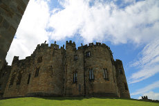 Alnwick Castle - Real-life Hogwarts