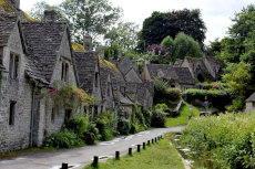 The Romantic Towns and Cities of the Cotswolds